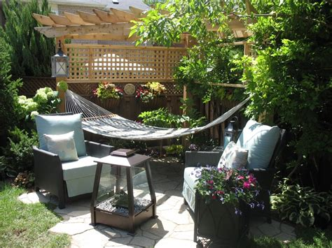 Backyard Hammock With Triangle Pergola Garden Yard Small Backyard Design Ideas