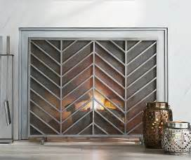 10 gorgeous fireplace screens for every home
