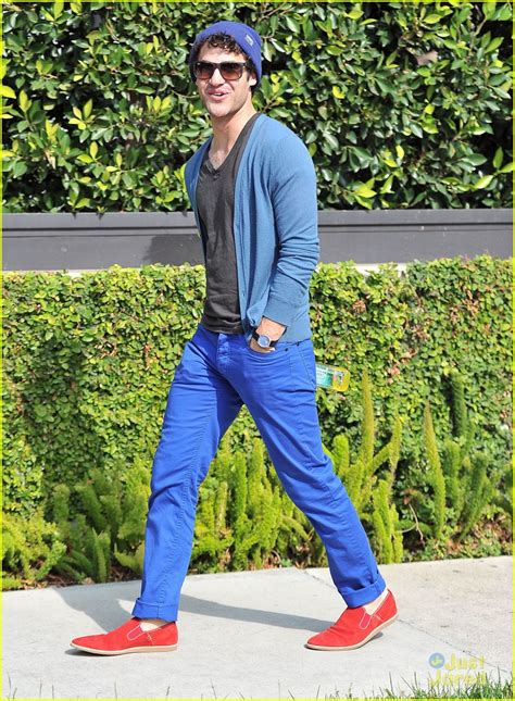 Takes A Stroll by Darren Criss Takes A Stroll Photo 559907 Photo Gallery