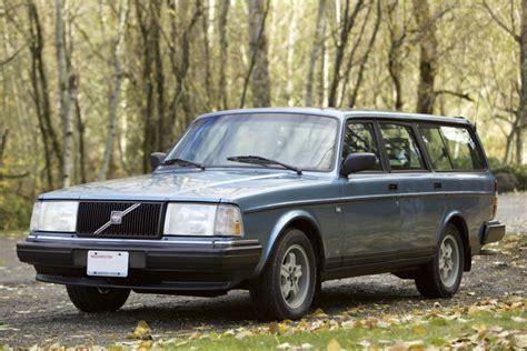 reserve  volvo  wagon  sale  bat auctions sold    december