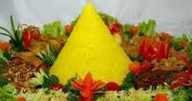 cara membuat nasi kuning lengkap dengan lauk pauknya resep nasi kuning buat tumpeng komplit aneka resep
