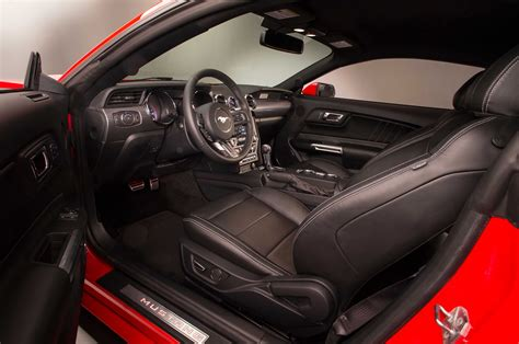 2015 ford mustang interior driver side photo 3