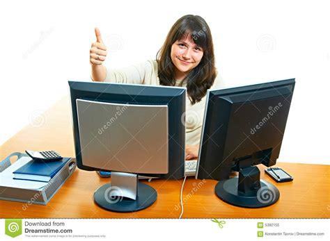 dans le bureau femme dans le bureau photo libre de droits image 5392155