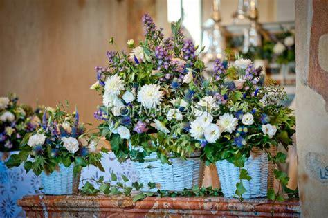 fiori provenzali matrimoni e bouquet da sposa nei toni viole e lilla