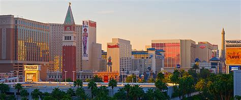 top flight deals for june 11 save on fares to vegas florida bermuda fly travel