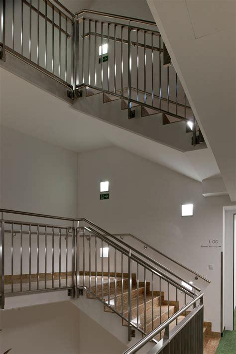 kava recessed wall lights from zumtobel lighting