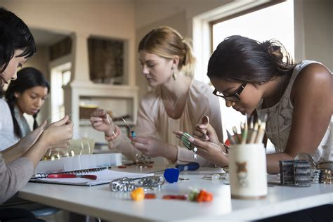 craft class for free classes for all ages at craft stores