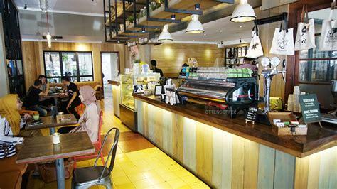 coffee shop bandung wajib dikunjungi  bolu susu lembang