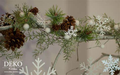 diy grosser weihnachtlicher deko zweig deko kitchen