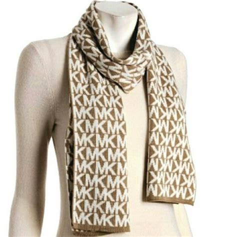 michael kors michael kors scarf from lindsay s closet on