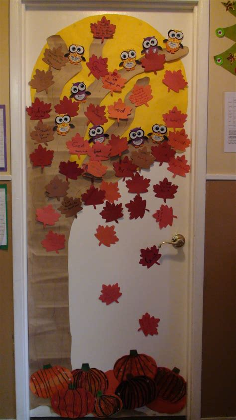 classroom door decor secondcareerteacher - Classroom Fall Door Decorations