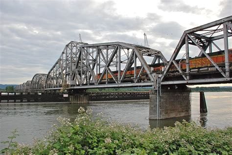 swing span bridge burlington northern railroad bridge 9 6 wikipedia