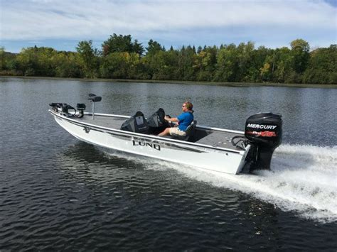 lund boats us 2017 lund 2075 pro v bass tested reviewed on us boat