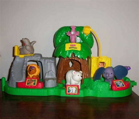 fisher price   people animal sounds zoo  partial set loose