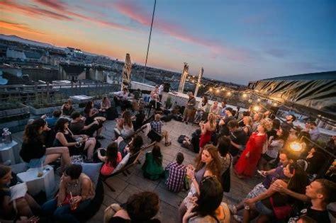 bar rooftop bar  budapest andrassy ut  https