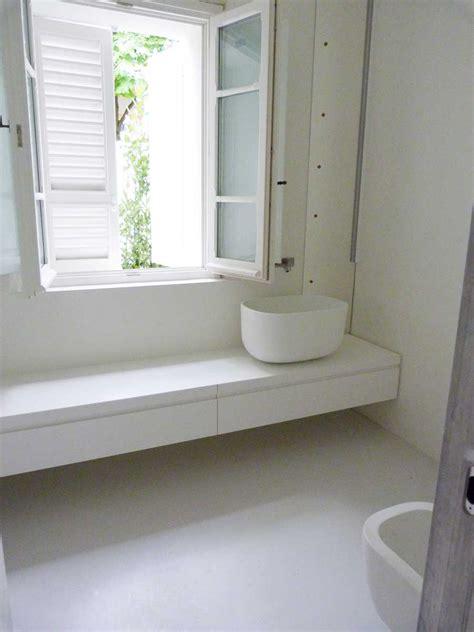 pavimento in resina bagno pavimenti in resina per interni sistema infinity indoor