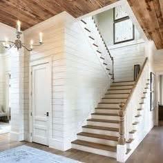 como montar tu propio gimnasio en casa beneficios y the wall the basement stairs staircase