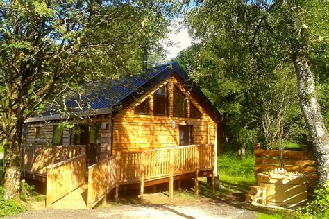 Log Cabins With Tubs In Loch Lomond by Tub Lodges In Scotland Bluebell Log Cabin Loch Awe Lodge