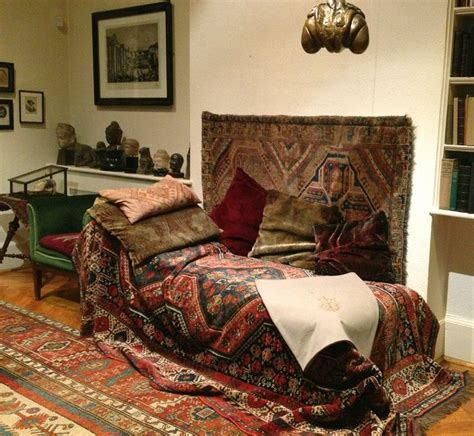 psychotherapy couch sigmund freud s couch 169 lesliewilliamson spaces i love