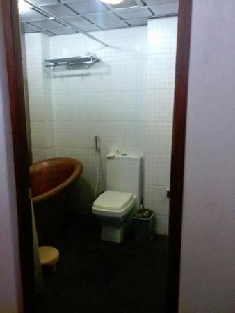 hotels in pondicherry with bathtub neemrana s la maison tamoule pondicherry hotel