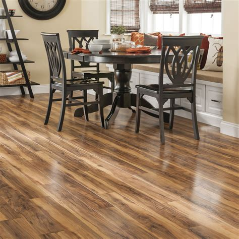 Lowes Wood Flooring Sale by Lowes Swiftlock Best Lowes Laminate Floor With Lowes