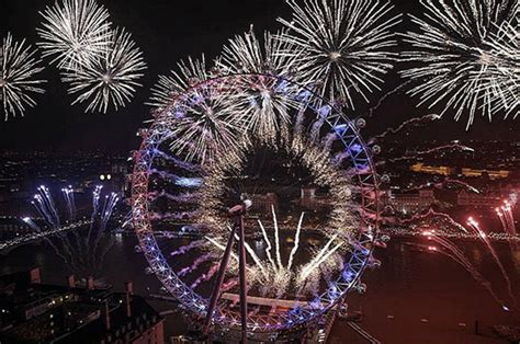 new year in birmingham uk happy new year britain welcomes 2017 with spectacular