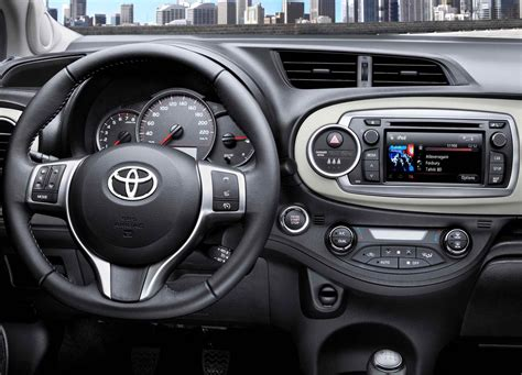 toyota yaris interior image gallery 2011 yaris interior
