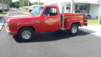 dodge express color with wooden sides