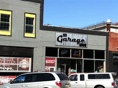 The Garage Warrensburg Mo by The Garage On Pine Scooter S Bar Guide