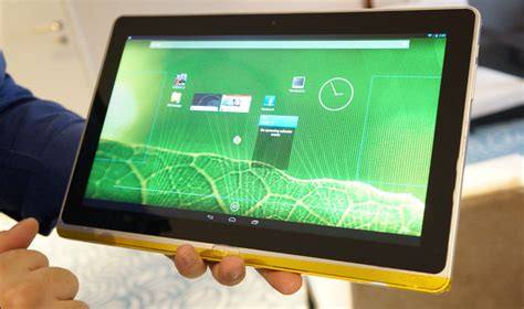 android tablet running intel bay trail prototype tablets run windows or android at qhd res