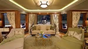 bill gates living room bella in belize bella checks out bill gates yacht