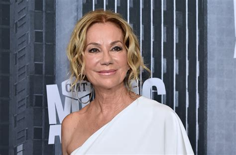 kathie lee gifford producer kathie lee gifford reveals producer once forced her to