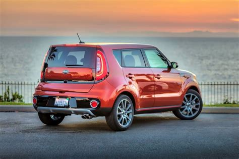 kia soul what car 2017 kia soul base market value what s my car worth
