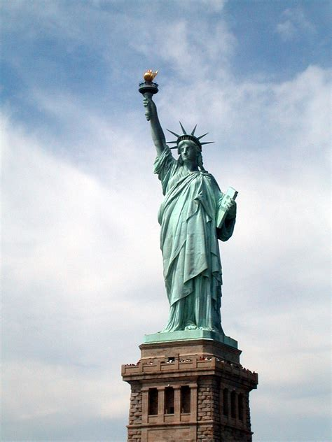 the statue of liberty national monument the symbol file statue of liberty national monument stli 02 04 jpg