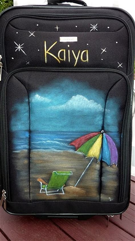 spray painting luggage 1000 ideas about painted suitcase on
