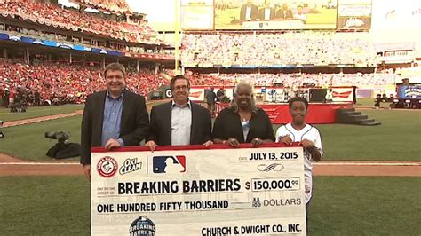 Breaking Barriers Essay Contest Winners 2015 by Malcolm Venable Wins Breaking Barriers Contest Mlb