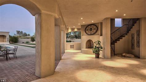 sarah palin s arizona mansion goes on market for 2