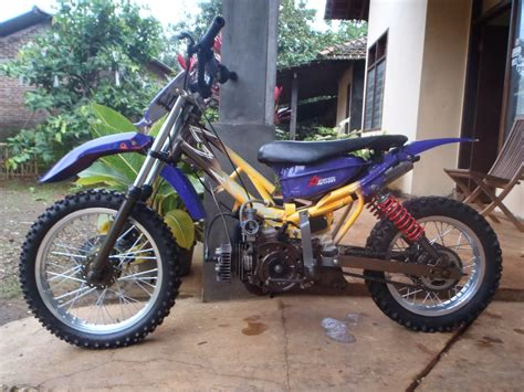 Modifikasi Yamaha F1zr by Modifikasi Motor Yamaha F1zr Jadi Trail