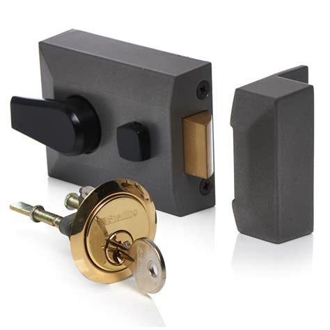 Standard Chagne Brass Front Door Lock Nightlatch Latch 60mm Backset Ebay Wilko Deadlocking Latch Standard Style At Wilko