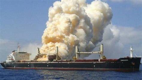 angst voor milieur bij canarische eilanden nos - Schip Brand Canarische Eilanden