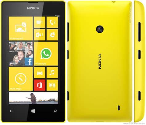 Nokia Lumia 520 pictures, official photos