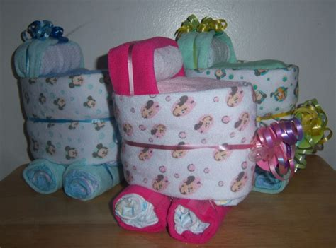 Minnie And Mickey Mouse Baby Shower by Mickey Mouse Minnie Or Pluto Mini Bassinet Baby