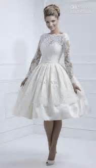 vintage short lace wedding dress with long sleevescherry