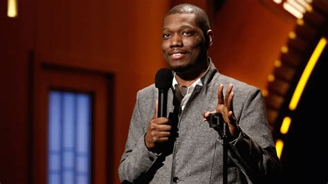 michael che comedy show michael che the good natured scoundrel vancouver weekly
