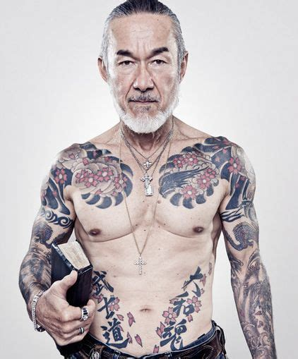 yakuza tattoo half sleeve best 25 yakuza tattoo ideas on pinterest irezumi half