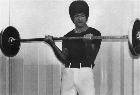 how much could bruce lee bench press bruce lee body training routine for strength power and