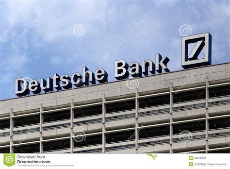 deutsche bank berlin berlin niemcy deutsche bank logotyp obraz stock