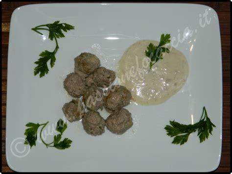 come cucinare le polpette di carne in bianco polpette al vino bianco ricette last minute