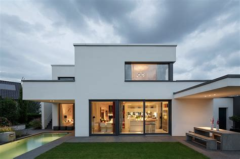 haus mit terrasse minimalistisch terrasse
