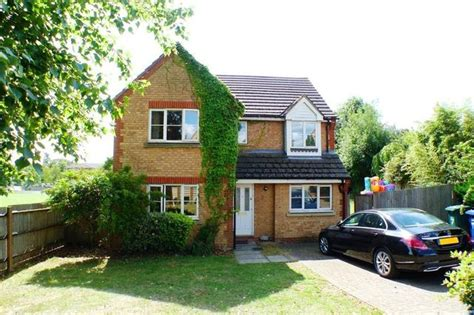 4 bedroom houses for sale 4 bedroom detached house for sale in sparkford gardens
